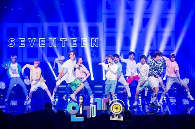 [OFFICIAL] 150717 SBS Inkigayo Update 11P #Seventeen #Adore_U #세븐틴 #아낀다 3