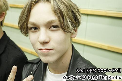 [OFFICIAL] 150917 KBS Kiss The Radio Update (Sukira) w Seventeen  #세븐틴 #SEVENTEEN 12
