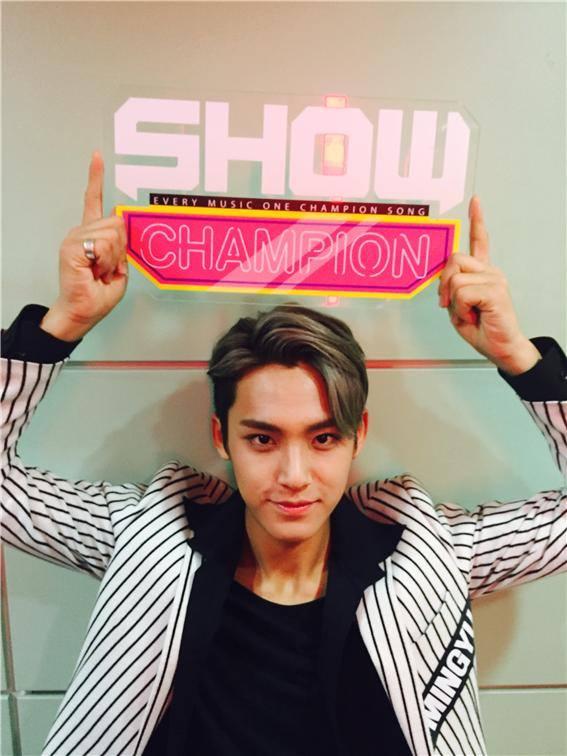 [OFFICIAL] 150917 MBC Plus Update 쇼챔피언 #세븐틴 #만세 12