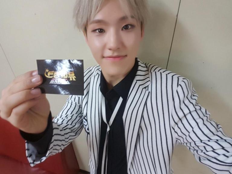 [OFFICIAL] 150918 Music Video Bank Twitter Update #호시 2