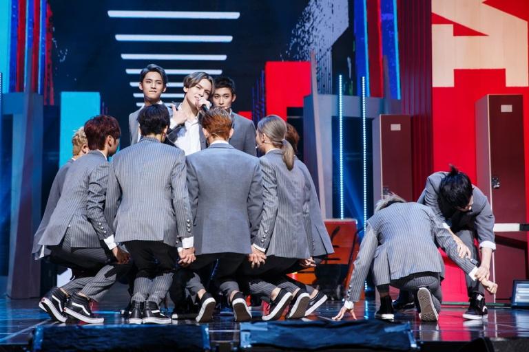 [OFFICIAL] Mnet America Update 150910 M Countdown #Seventeen - Rock + #Mansae #세븐틴 #만세 1