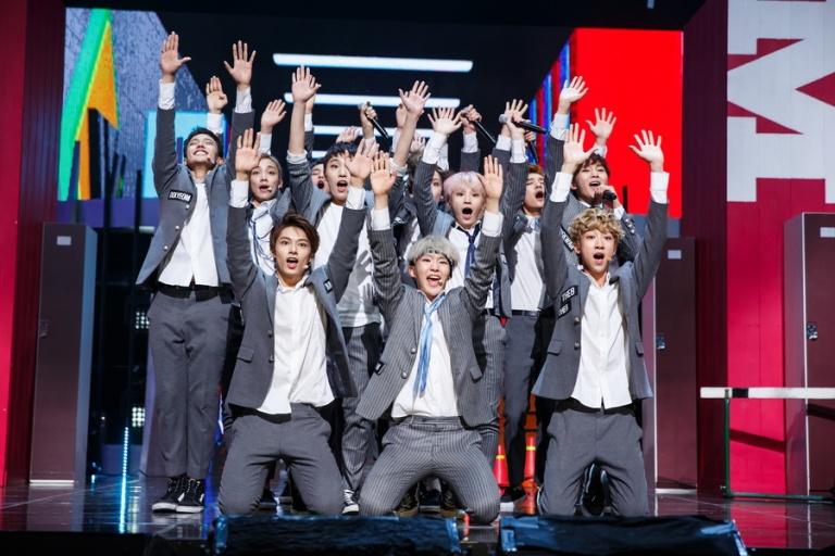 [OFFICIAL] Mnet America Update 150910 M Countdown #Seventeen - Rock + #Mansae #세븐틴 #만세 16