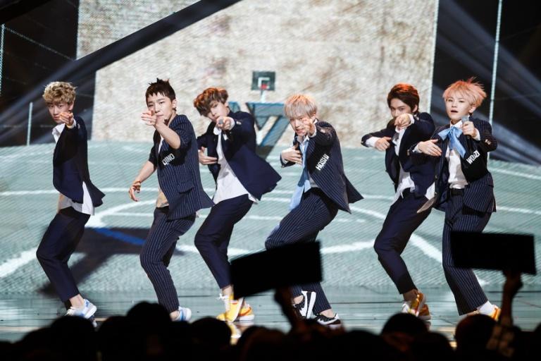 [OFFICIAL] Mnet America Update 150917 M Countdown #Seventeen – #Mansae #세븐틴 #만세 3