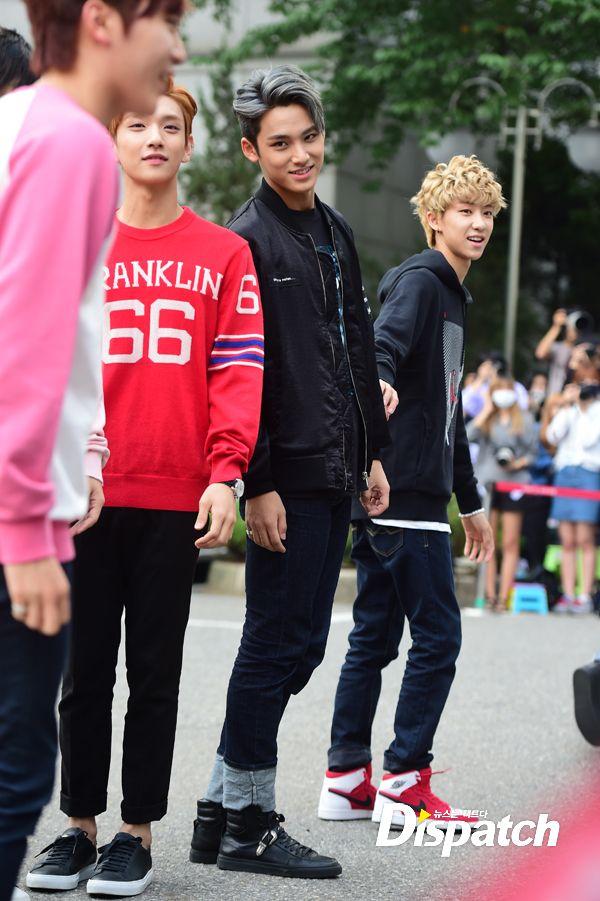 [PRESS] 150911 Seventeen heading to KBS Music Bank Rehearsal 5
