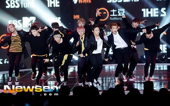 [PRESS] 150915 Seventeen at SBS MTV The Show @SBS_MTV #만세 #세븐틴 #더쇼 13