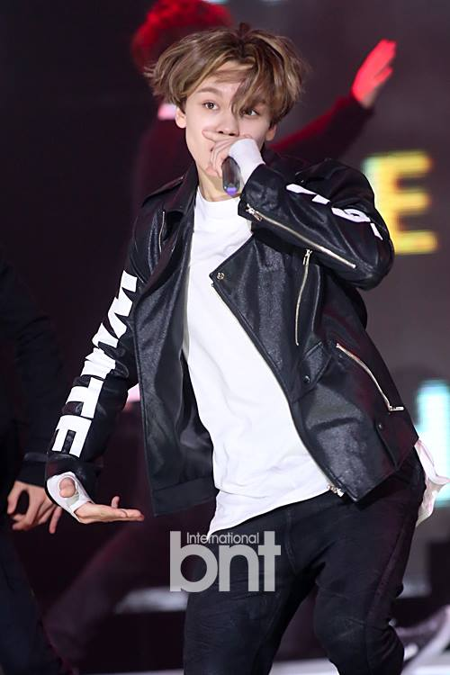 [PRESS] 150915 Seventeen at SBS MTV The Show @SBS_MTV #만세 #세븐틴 #더쇼 18