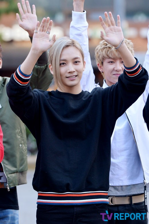[PRESS] 150918 Seventeen heading to KBS Music Bank Rehearsal 3