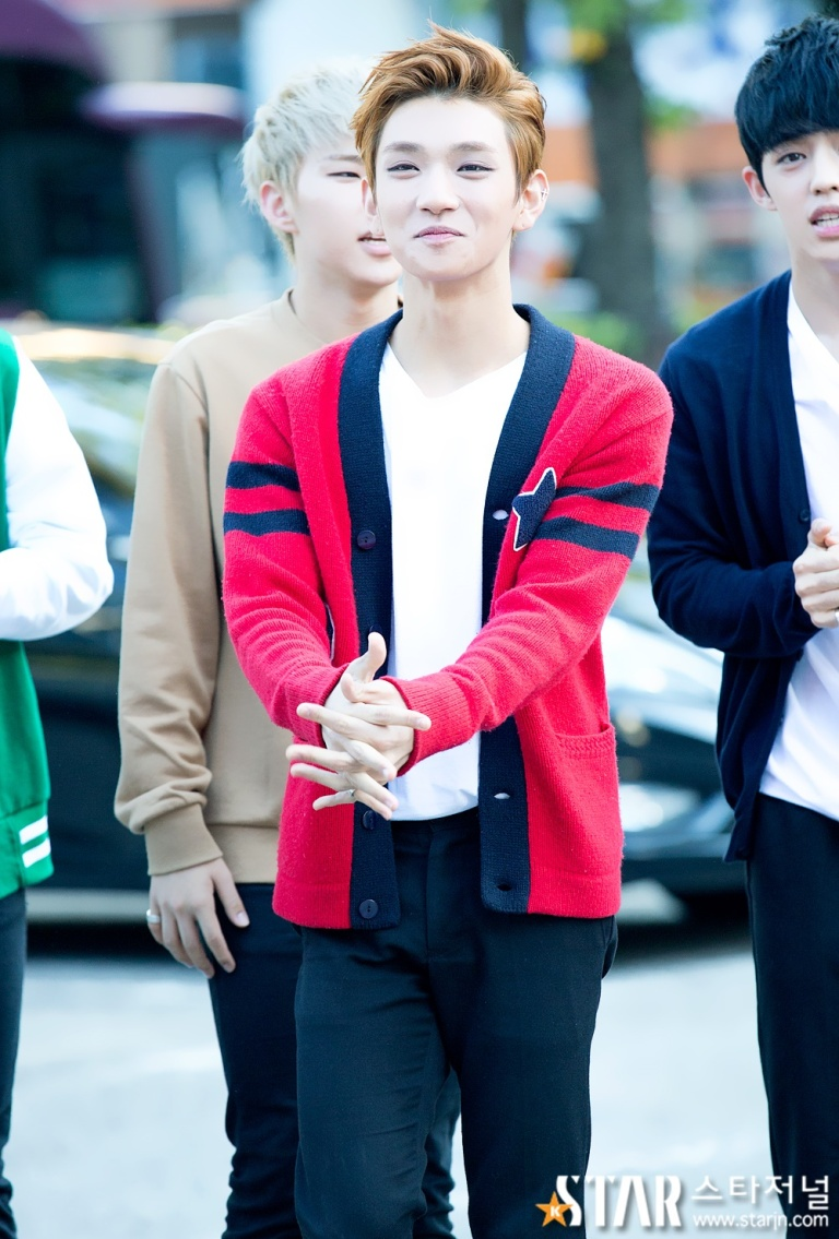 [PRESS] 150918 Seventeen heading to KBS Music Bank Rehearsal #세븐틴 #만세6
