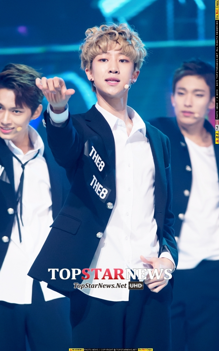 [PRESS] 150923 Seventeen at MBC Show Champion #세븐틴 #만세 11