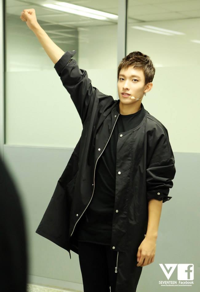 [SEVENTEEN BEHIND PIC] SEVENTEEN 2nd Mini Album 만세 (MANSAE) 1st Week 01 #세븐틴 3