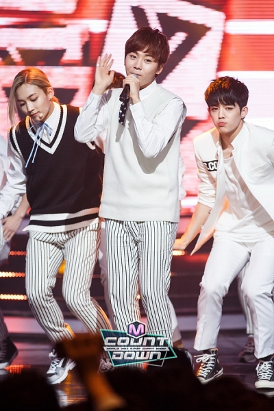 [OFFICIAL] 151020 MCountdown Update 15P #SEVENTEEN #MANSAE #만세 #세븐틴 14
