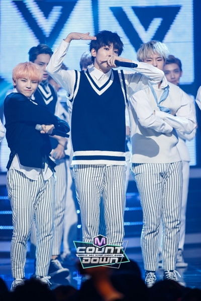 [OFFICIAL] 151020 MCountdown Update 15P #SEVENTEEN #MANSAE #만세 #세븐틴 5