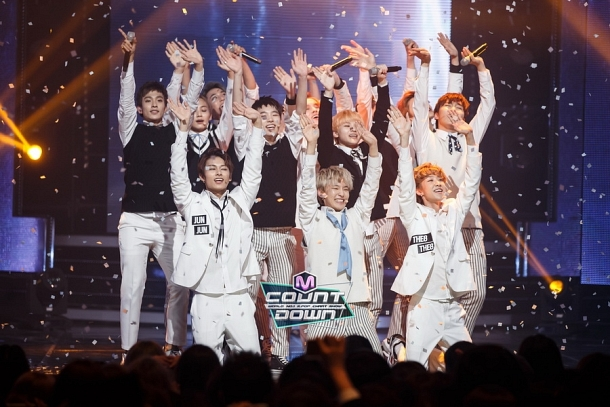 [OFFICIAL] 151020 MCountdown Update 15P #SEVENTEEN #MANSAE #만세 #세븐틴 6