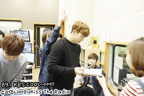 [OFFICIAL] 151029 KBS Kiss The Radio Update (Sukira) w Seventeen's DK and Seungkwan 9P #세븐틴 #도겸 #승관 3