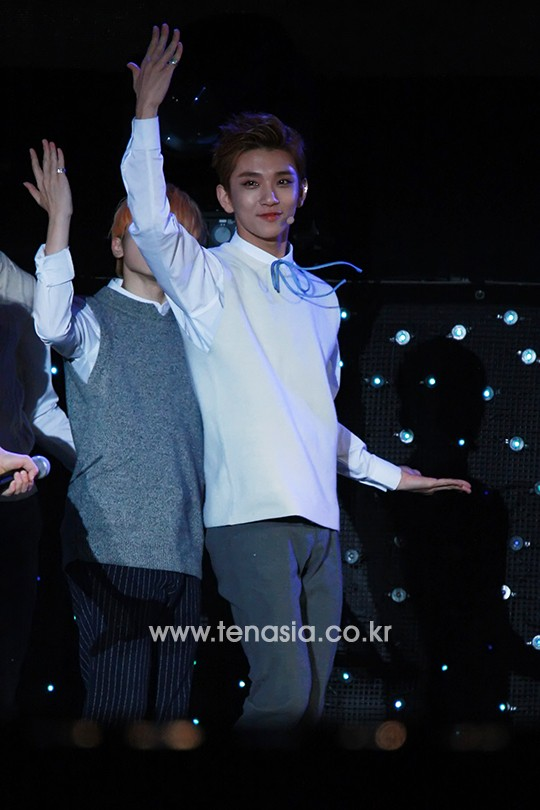 [PRESS] 151006 Seventeen at SBS MTV The Show 18P @SBS_MTV #만세 #세븐틴 #더쇼 14
