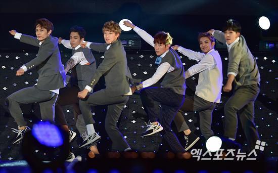 [PRESS] 151006 Seventeen at SBS MTV The Show 18P @SBS_MTV #만세 #세븐틴 #더쇼 29