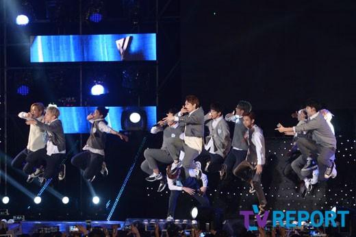 [PRESS] 151006 Seventeen at SBS MTV The Show 18P @SBS_MTV #만세 #세븐틴 #더쇼 5