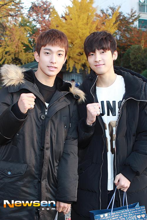 [PRESS] 151112 SEVENTEEN (Mingyu, Seungkwan, Wonwoo, DK) - College Scholastic Ability Test (수능) 41P #세븐틴 (33)