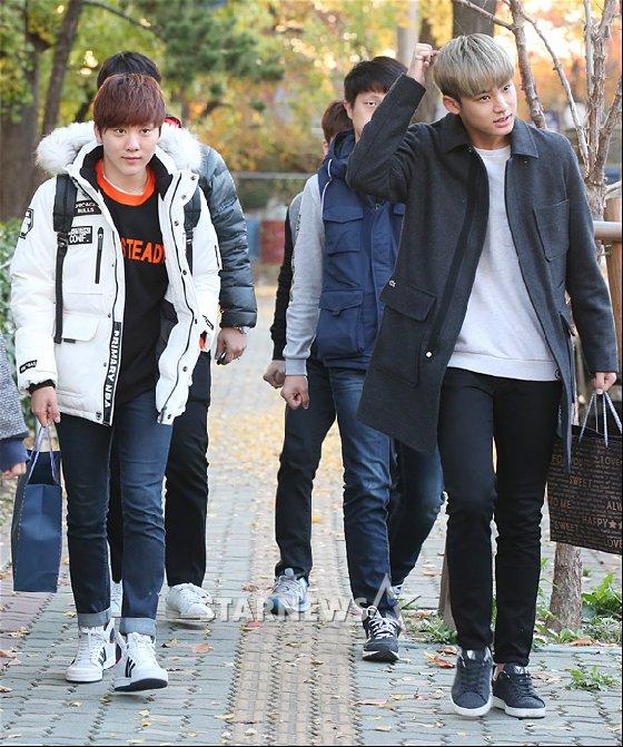 [PRESS] 151112 SEVENTEEN (Mingyu, Seungkwan, Wonwoo, DK) - College Scholastic Ability Test (수능) 41P #세븐틴 (39)