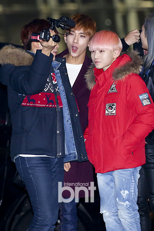 [PRESS] 151129 Seventeen at Incheon International Airport 22P #세븐틴 (16)