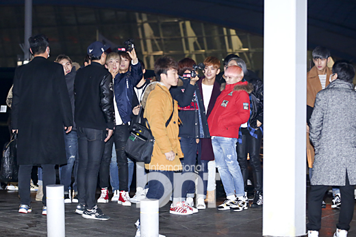 [PRESS] 151129 Seventeen at Incheon International Airport 22P #세븐틴 (9)