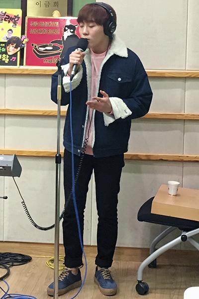 [OFFICIAL] 151217 KBS Kiss The Radio Update (Sukira) w Seventeen's Hoshi, DK and Seungkwan 17P #세븐틴 #호시 #도겸 #승관 (3)