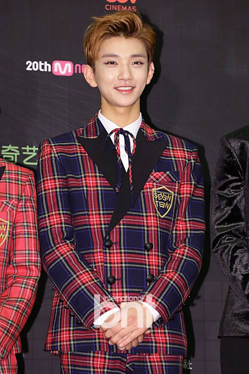 [PRESS] 151202 Seventeen at 2015 MAMA Artist Welcome Meeting #세븐틴 (17)
