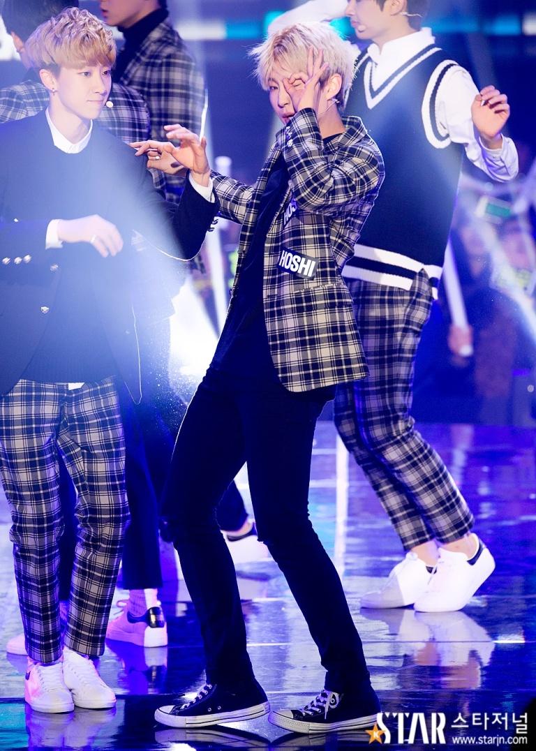 [PRESS] 151208 Seventeen at SBS MTV The Show 54P #세븐틴 #아낀다 #만세 #더쇼 (5)