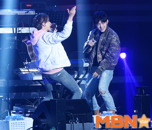 "[PRESS] 151212 Seventeen Hip-hop Unit at Brand New Day Vol.8 ""Brand New Year 2015 Concert # # # (1)"