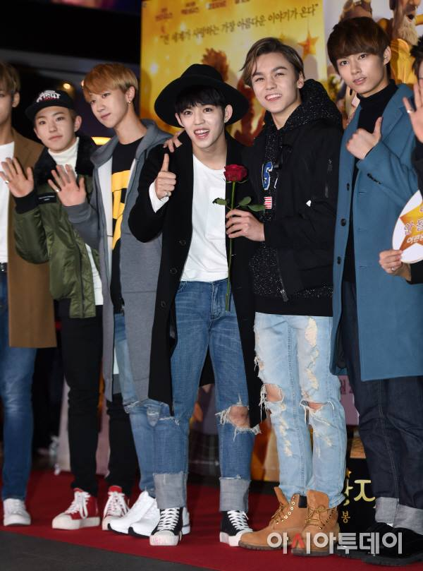 [PRESS] 151215 Seventeen at 'The Little Prince' VIP Premiere 75P #세븐틴 (14)