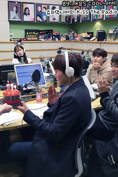 [OFFICIAL] 160114 KBS Kiss The Radio Update (Sukira) w Seventeen's DK and Seungkwan 16P #세븐틴  #도겸 #승관 (10)