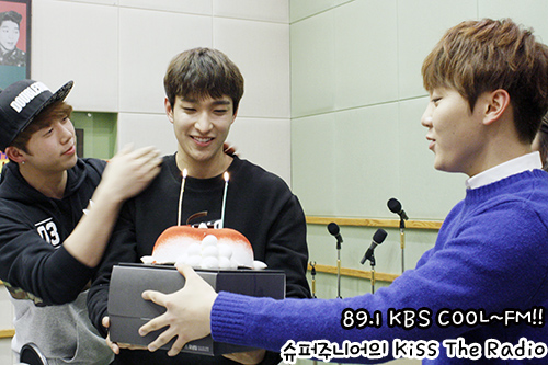 [OFFICIAL] 160221 KBS Sukira w Seventeen's DK and Seungkwan 8P #세븐틴 #도겸 #승관 (2)