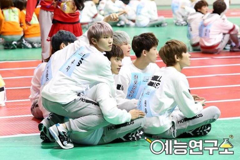 [OFFICIAL] Seventeen at MBC ISAC 2016 #아육대 #세븐틴 #SEVENTEEN (7)