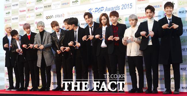 [PRESS] 160217 Seventeen at '5th Gaon Chart K-POP Awards!' #SEVENTEEN #세븐틴 #GaonChartAwards #가온차트 (10)
