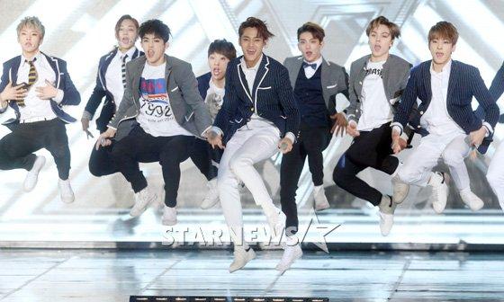 [PRESS] 160217 Seventeen at '5th Gaon Chart K-POP Awards!' #SEVENTEEN #세븐틴 #GaonChartAwards #가온차트 (12)