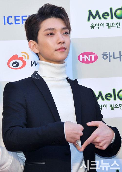 [PRESS] 160217 Seventeen at '5th Gaon Chart K-POP Awards!' #SEVENTEEN #세븐틴 #GaonChartAwards #가온차트 (23)