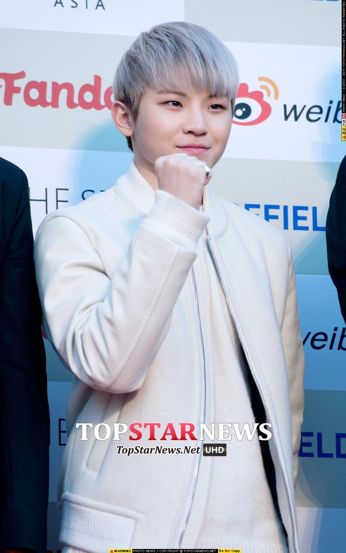[PRESS] 160217 Seventeen at '5th Gaon Chart K-POP Awards!' #SEVENTEEN #세븐틴 #GaonChartAwards #가온차트 (30)
