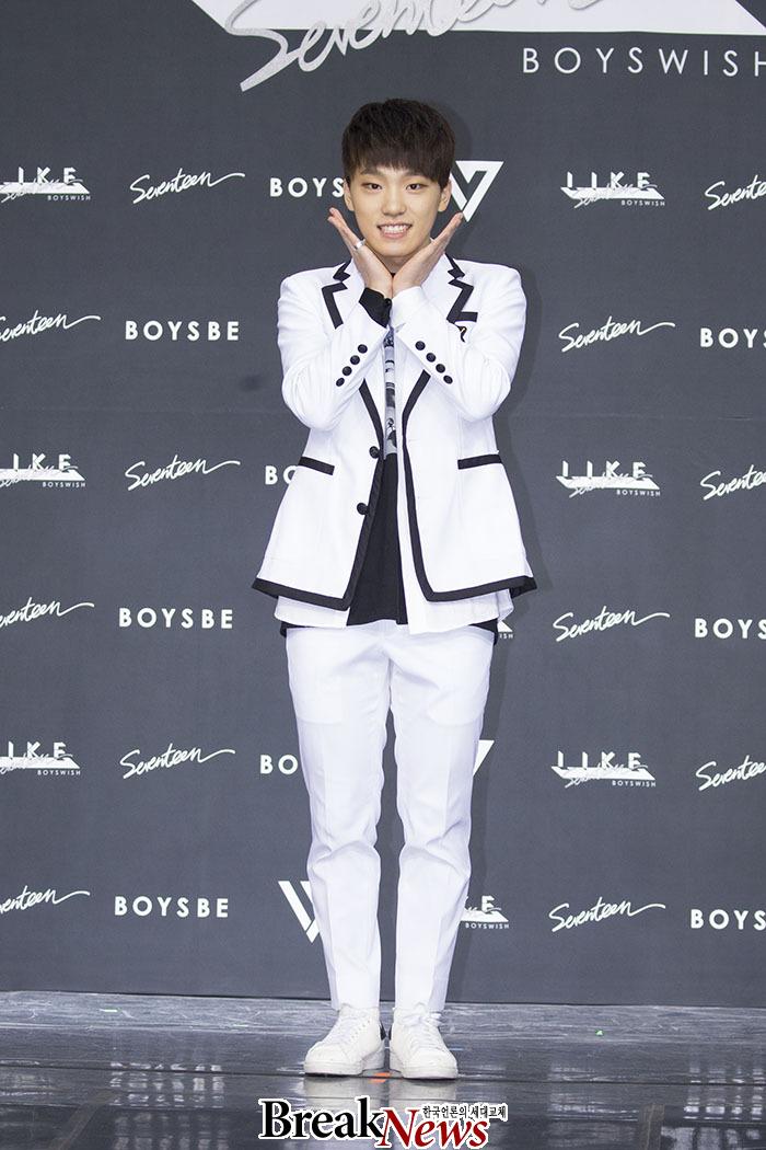 [PRESS] SEVENTEEN 'Like Seventeen - Boys Wish' Encore Concert Press Conference #세븐틴 #SEVENTEEN (51)