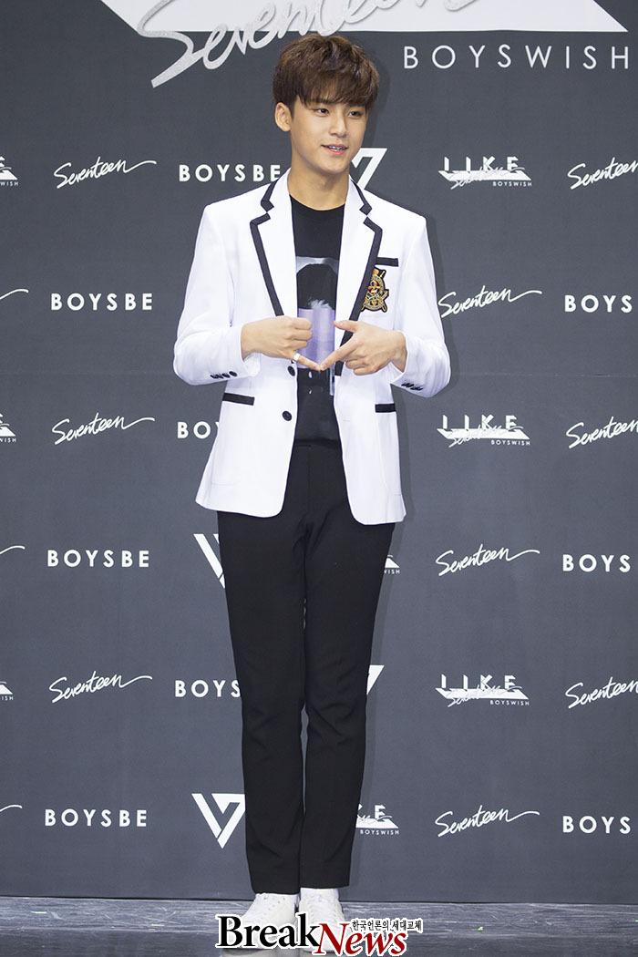 [PRESS] SEVENTEEN 'Like Seventeen - Boys Wish' Encore Concert Press Conference #세븐틴 #SEVENTEEN (54)