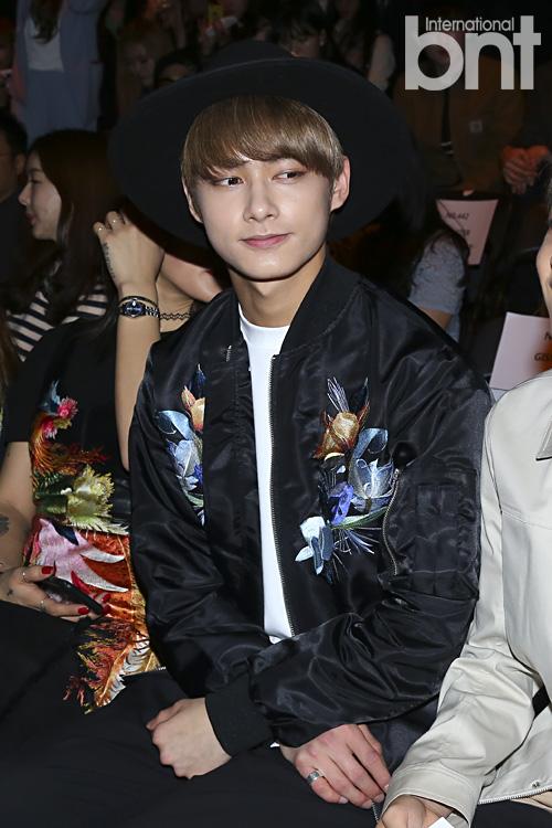 [PRESS] 160323 Seventeen Jun, Wonwoo & Mingyu at 2016 FW HERA Seoul Fashion Week (22)