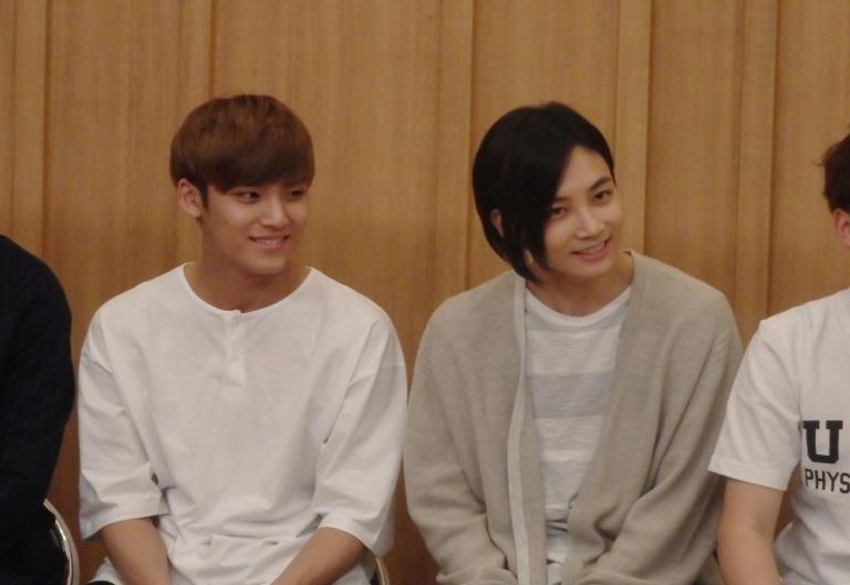 [OFFICIAL] 160502 SBS Cultwo Show Update 26P HD #SEVENTEEN #세븐틴 #예쁘다 #두시탈출컬투쇼 (10)