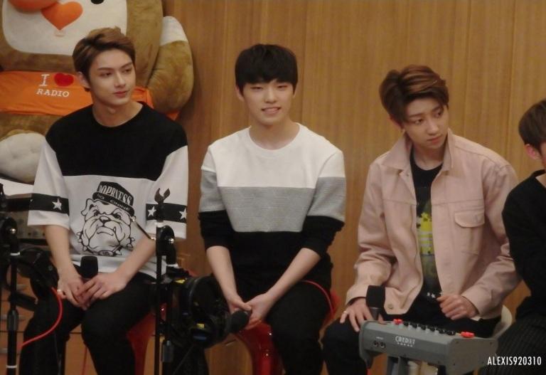 [OFFICIAL] 160502 SBS Cultwo Show Update 26P HD #SEVENTEEN #세븐틴 #예쁘다 #두시탈출컬투쇼 (22)