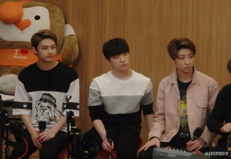 [OFFICIAL] 160502 SBS Cultwo Show Update 26P HD #SEVENTEEN #세븐틴 #예쁘다 #두시탈출컬투쇼 (24)