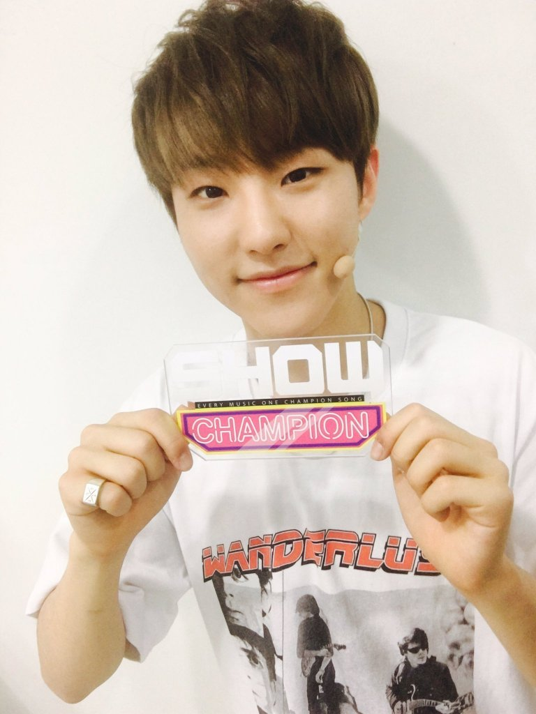 [OFFICIAL] 160504 MBC Show Champion Twitter Update #세븐틴 #예쁘다 (9)