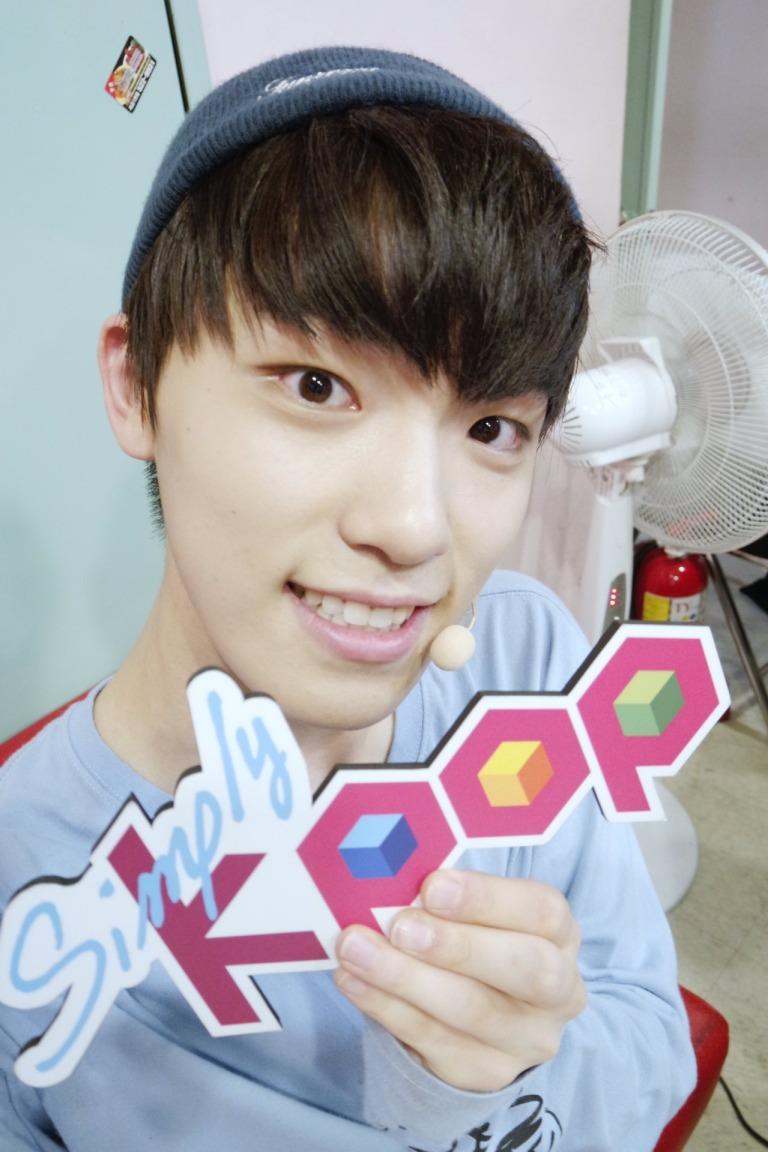[OFFICIAL] 160504 Simply Kpop Twitter Update #SEVENTEEN #세븐틴 #예쁘다 (2)