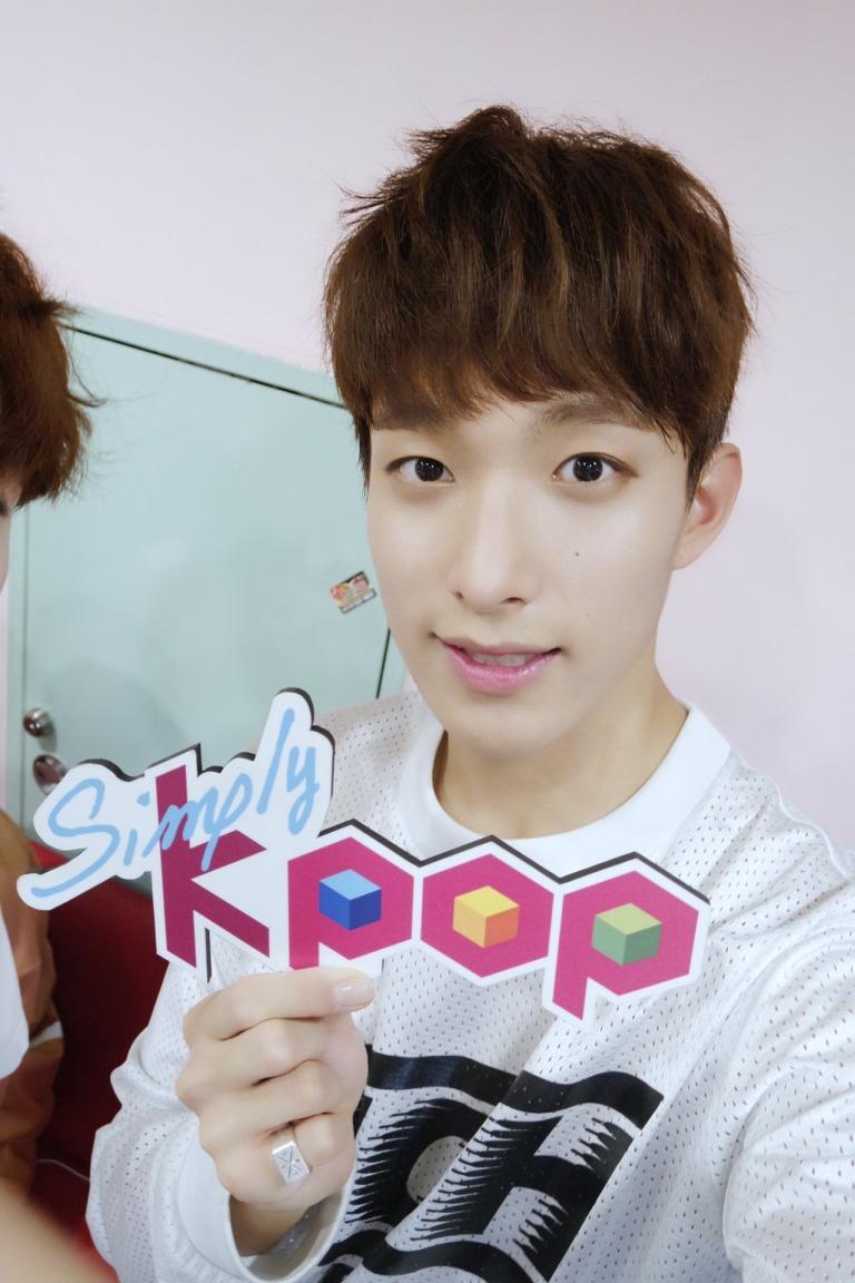 [OFFICIAL] 160504 Simply Kpop Twitter Update #SEVENTEEN #세븐틴 #예쁘다 (5)