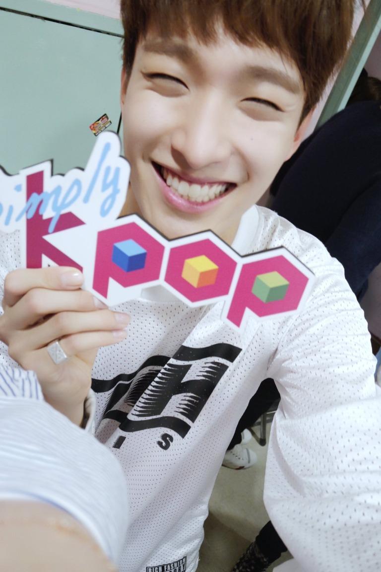 [OFFICIAL] 160504 Simply Kpop Twitter Update #SEVENTEEN #세븐틴 #예쁘다 (8)