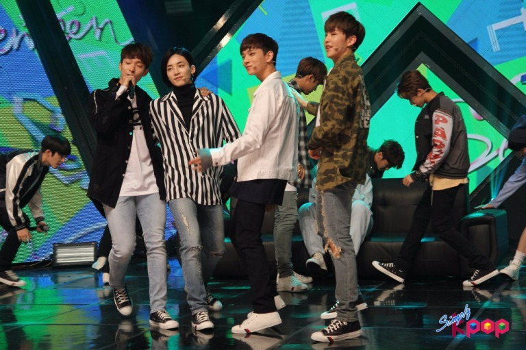 [OFFICIAL] 160506 Simply K-Pop Update #SEVENTEEN #세븐틴 #예쁘다 #엄지척 (3)