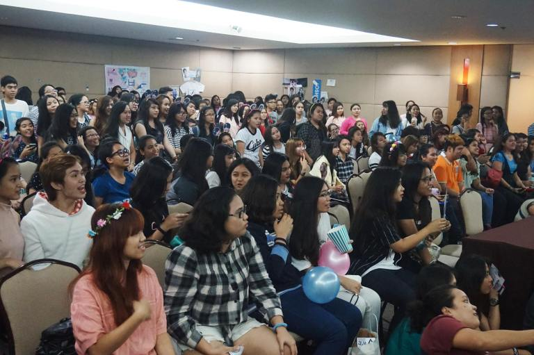 [PHOTOS] 160522 SEVENTEEN Philippines Carats Wish 1st Anniversary Fan Gathering (14)