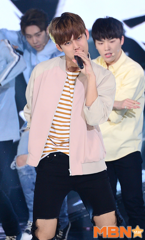 [PRESS] 160503 Seventeen at SBS MTV The Show 88P @SBS_MTV #세븐틴 #더쇼 #예쁘다 (37)